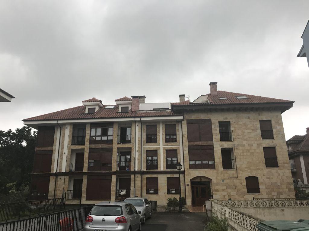 Ático en venta en Saron  de 2 Habitaciones, 1 Baño y 75 m2 por 107.000 €.