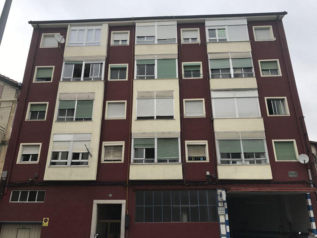 Piso en venta en Torrelavega  de 3 Habitaciones, 1 Baño y 71 m2 por 45.000 €.