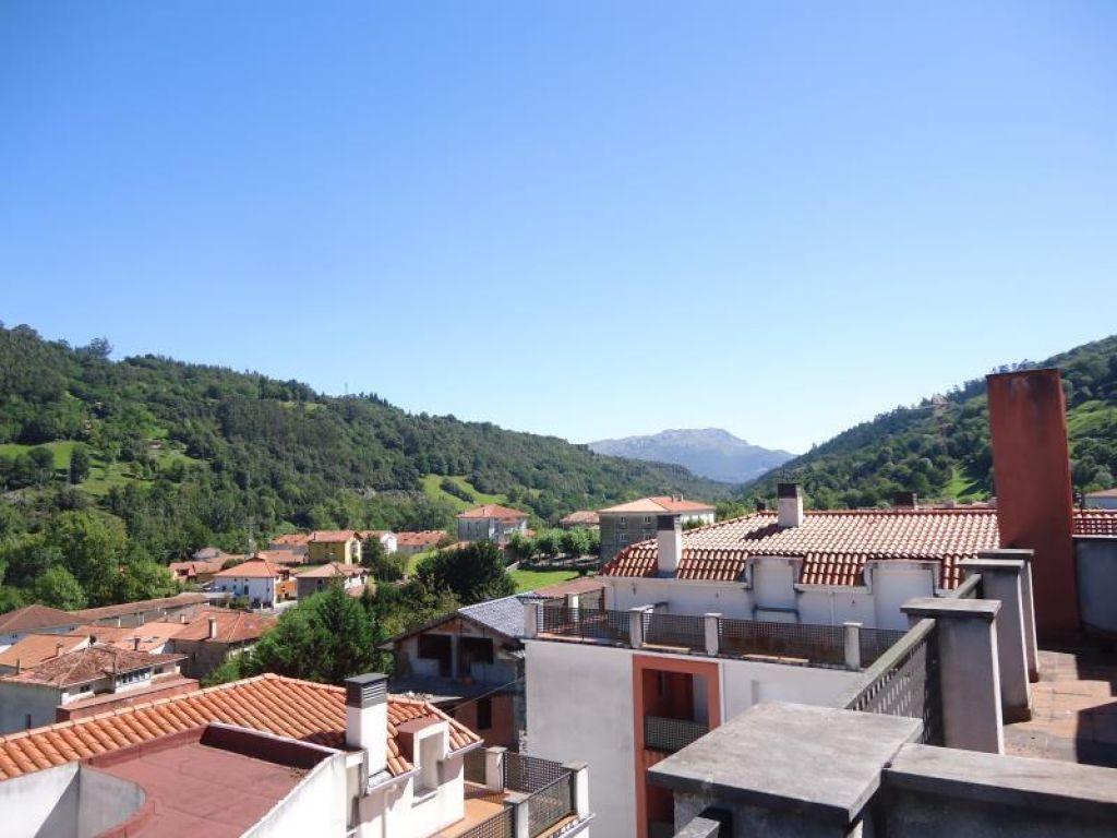 Piso en venta en Arredondo  de 2 Habitaciones, 1 Baño y 77 m2 por 67.000 €.