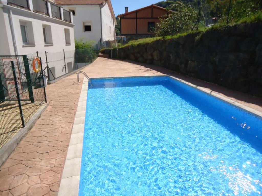 Planta baja en venta en Arredondo  de 1 Habitación, 1 Baño y 81 m2 por 71.500 €.