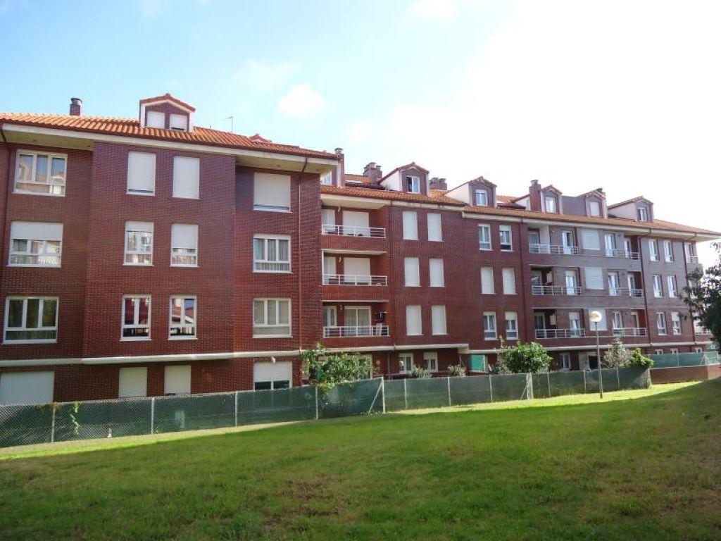 Atico en venta en El Astillero  de 2 Habitaciones, 1 Baño y 58 m2 por 95.000 €.