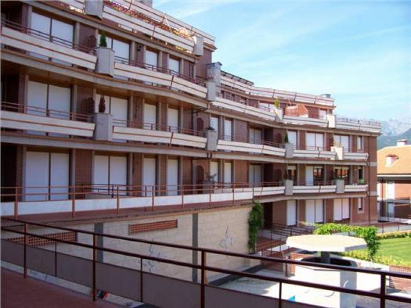 Piso en venta en Ramales  de 2 Habitaciones, 2 Baños y 105 m2 por 93.452 €.