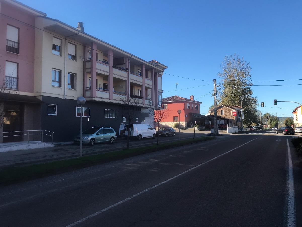 Piso en venta en Renedo De Pielagos  de 3 Habitaciones, 2 Baños y 100 m2 por 105.000 €.