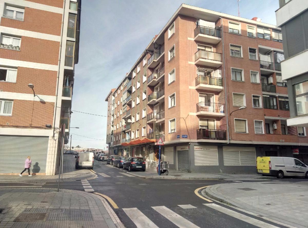 Piso en venta en Erandio  de 2 Habitaciones, 1 Baño y 56 m2 por 124.000 €.
