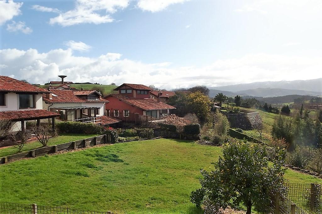 Casa en venta en Valdaliga  de 4 Habitaciones, 3 Baños y 274 m2 por 199.000 €.