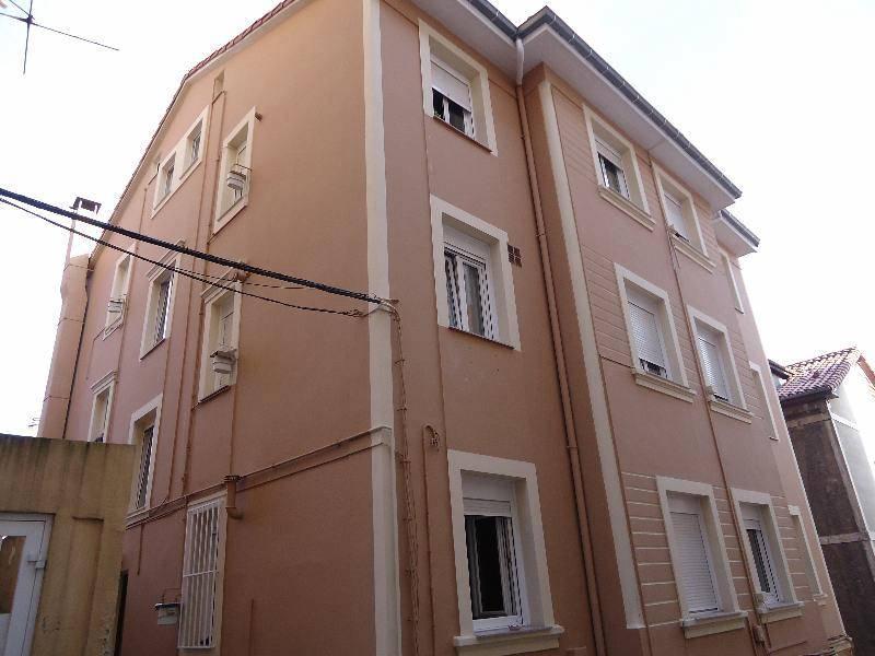 Piso en venta en Santander  de 4 Habitaciones, 1 Baño y 80 m2 por 69.000 €.
