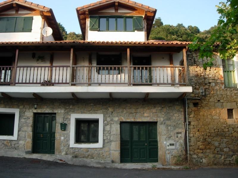 Casa en venta en Mentera Barruerlo  de 3 Habitaciones, 2 Baños y 136 m2 por 129.000 €.