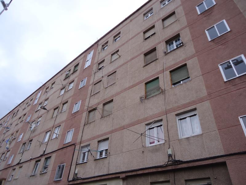 Piso en venta en Santander  de 2 Habitaciones, 1 Baño y 49 m<sup>2</sup> por 59.000 €.
