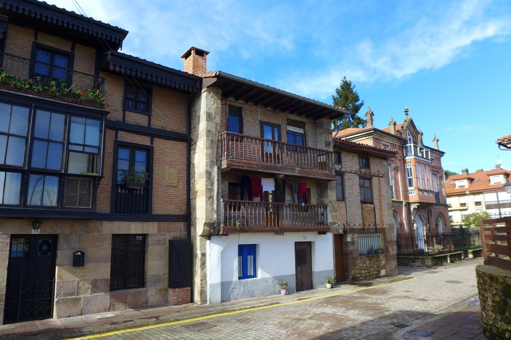 Piso en venta en Santiago De Cartes  de 1 Habitación, 1 Baño y 77 m2 por 44.300 €.
