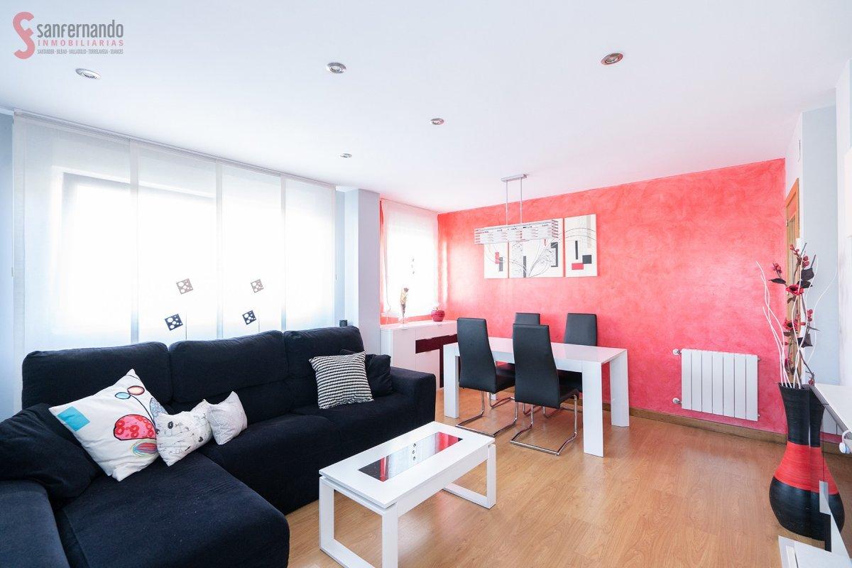Piso en venta en Suances  de 3 Habitaciones, 1 Baño y 89 m2 por 95.000 €.