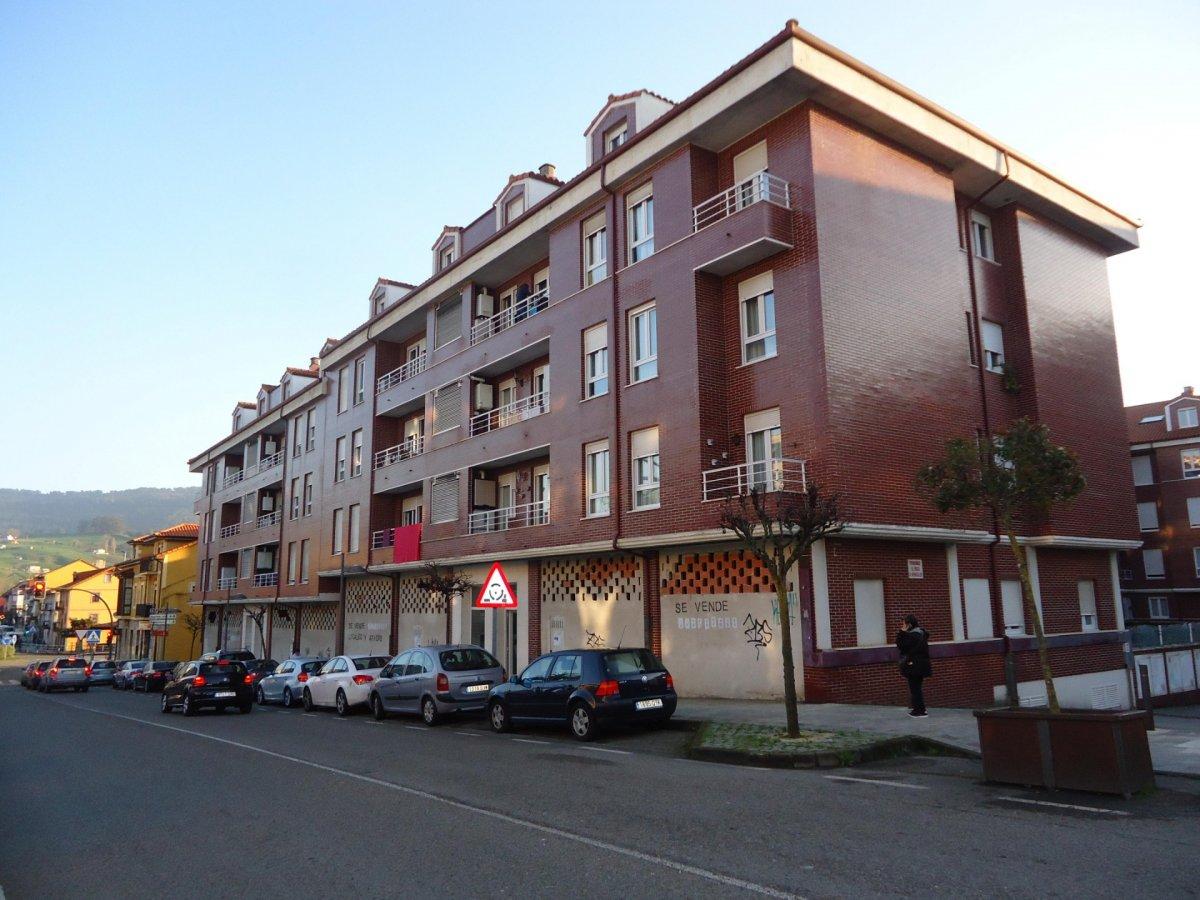 Garaje en venta en El Astillero  de 20 m2 por 15.000 €.