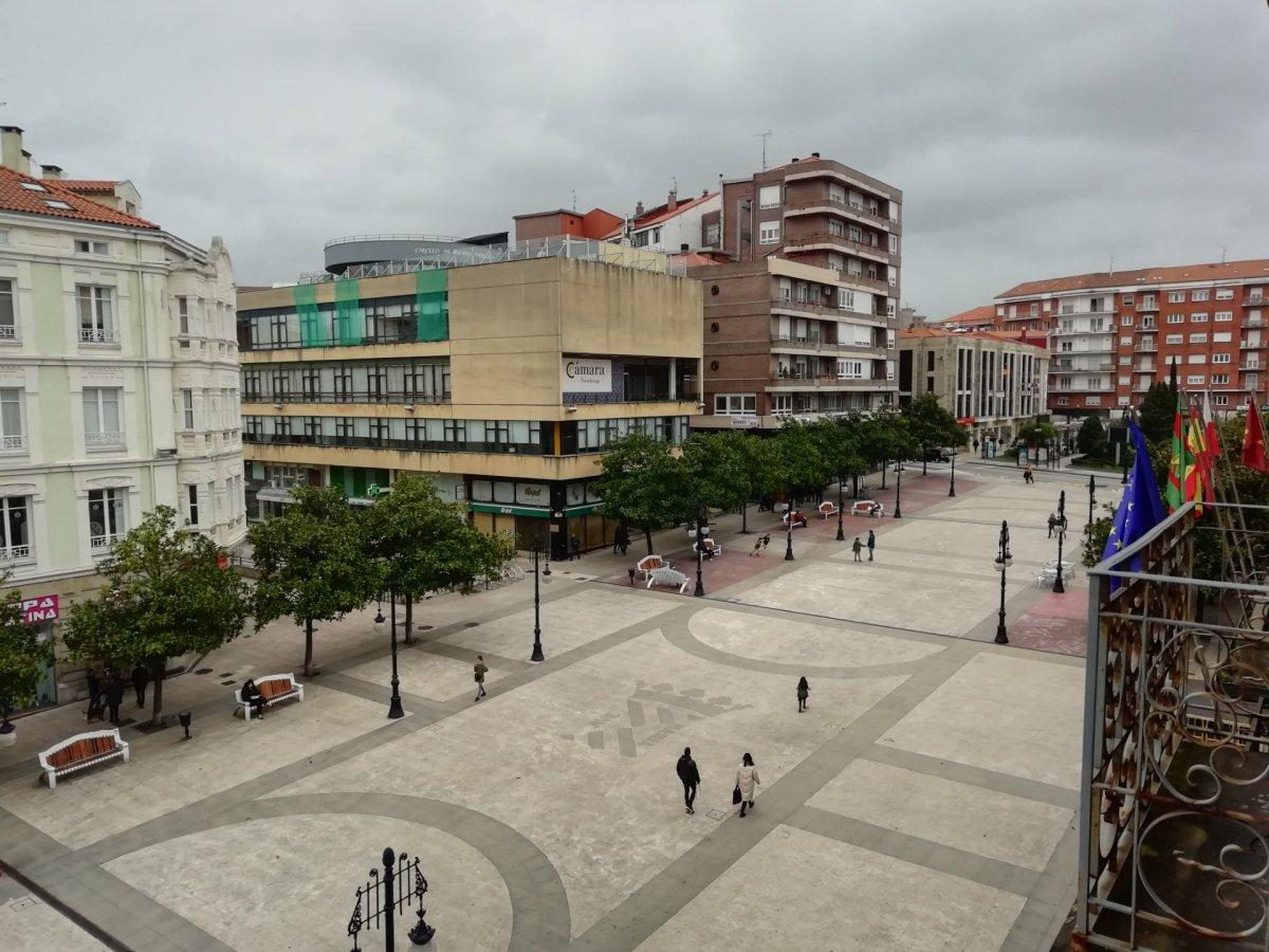 Local comercial en Torrelavega – 54817