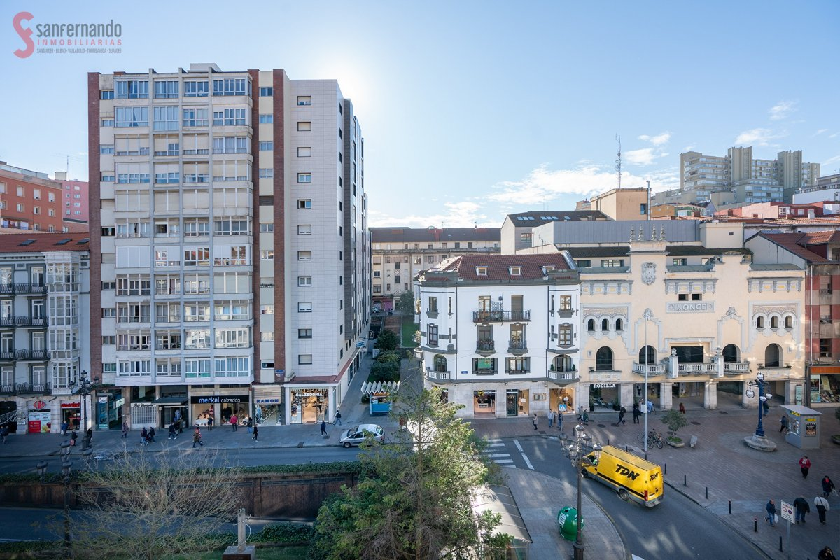 Estudio en venta en Santander  de 1 Baño y 51 m2 por 169.000 €.