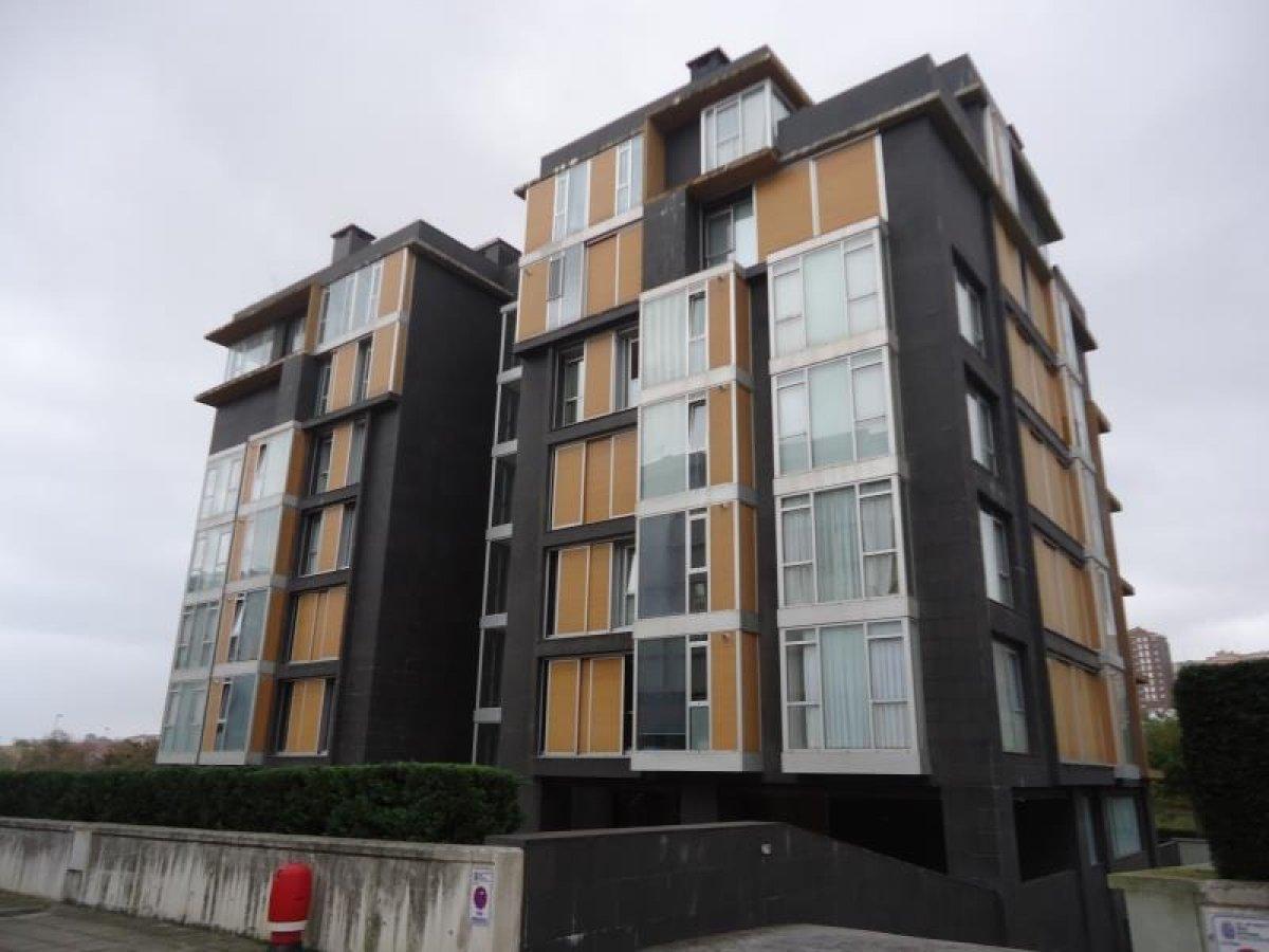 Garaje en venta en Santander  de 33 m2 por 10.100 €.