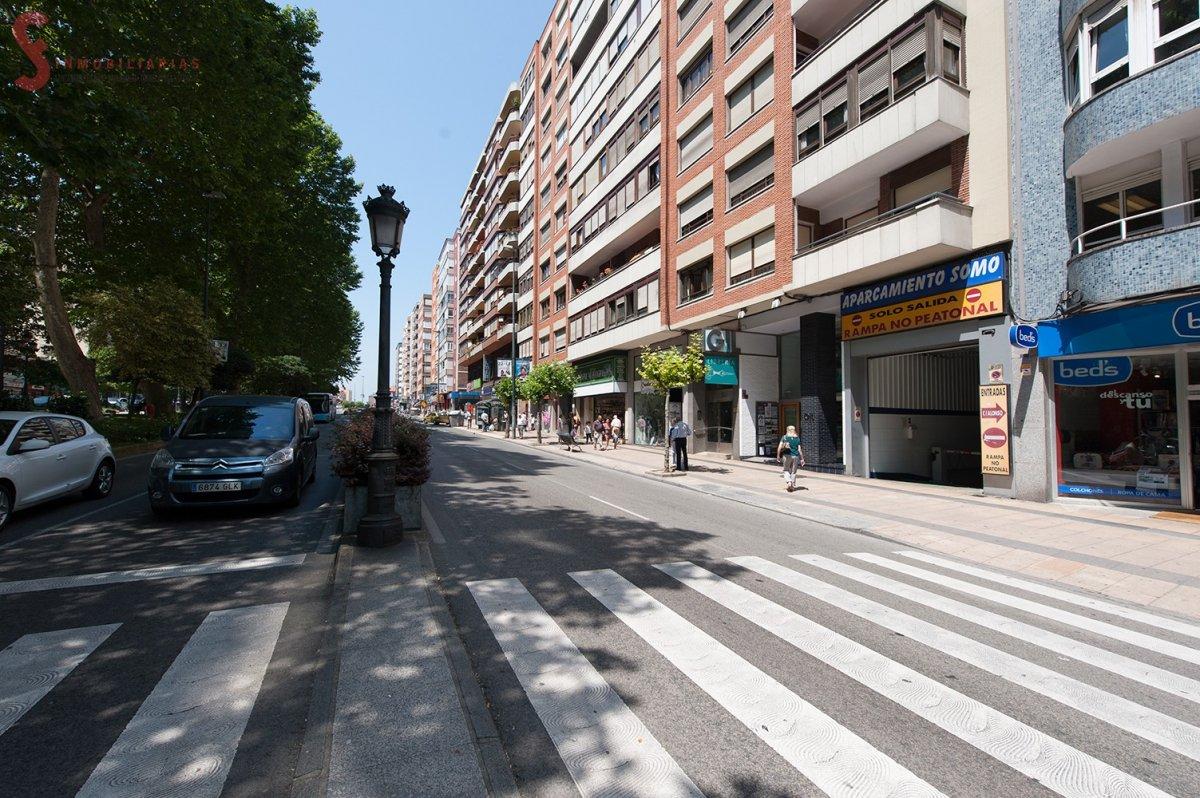 Piso en venta en Santander  de 3 Habitaciones, 1 Baño y 91 m2 por 147.000 €.