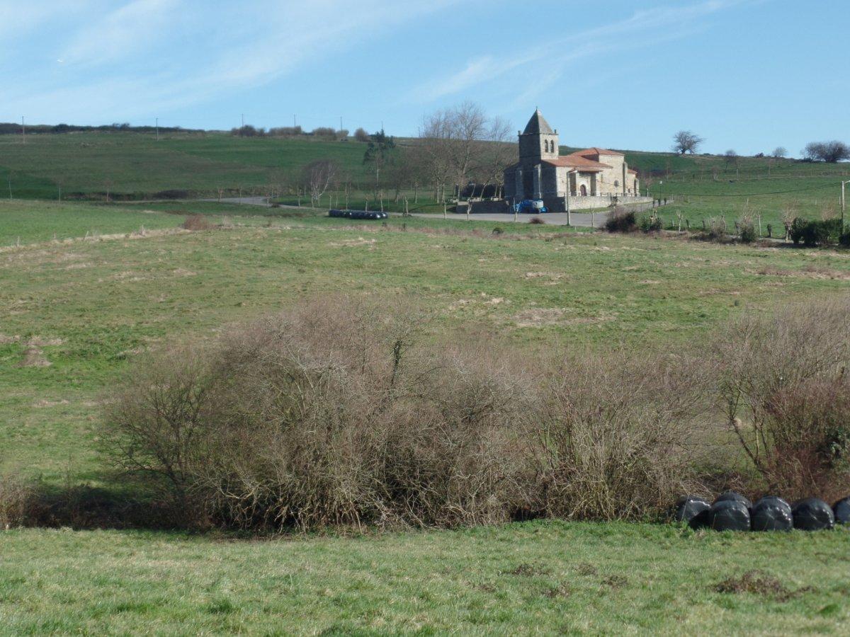 Terreno Rural en venta en Suances  de 2.220 m2 por 20.000 €.