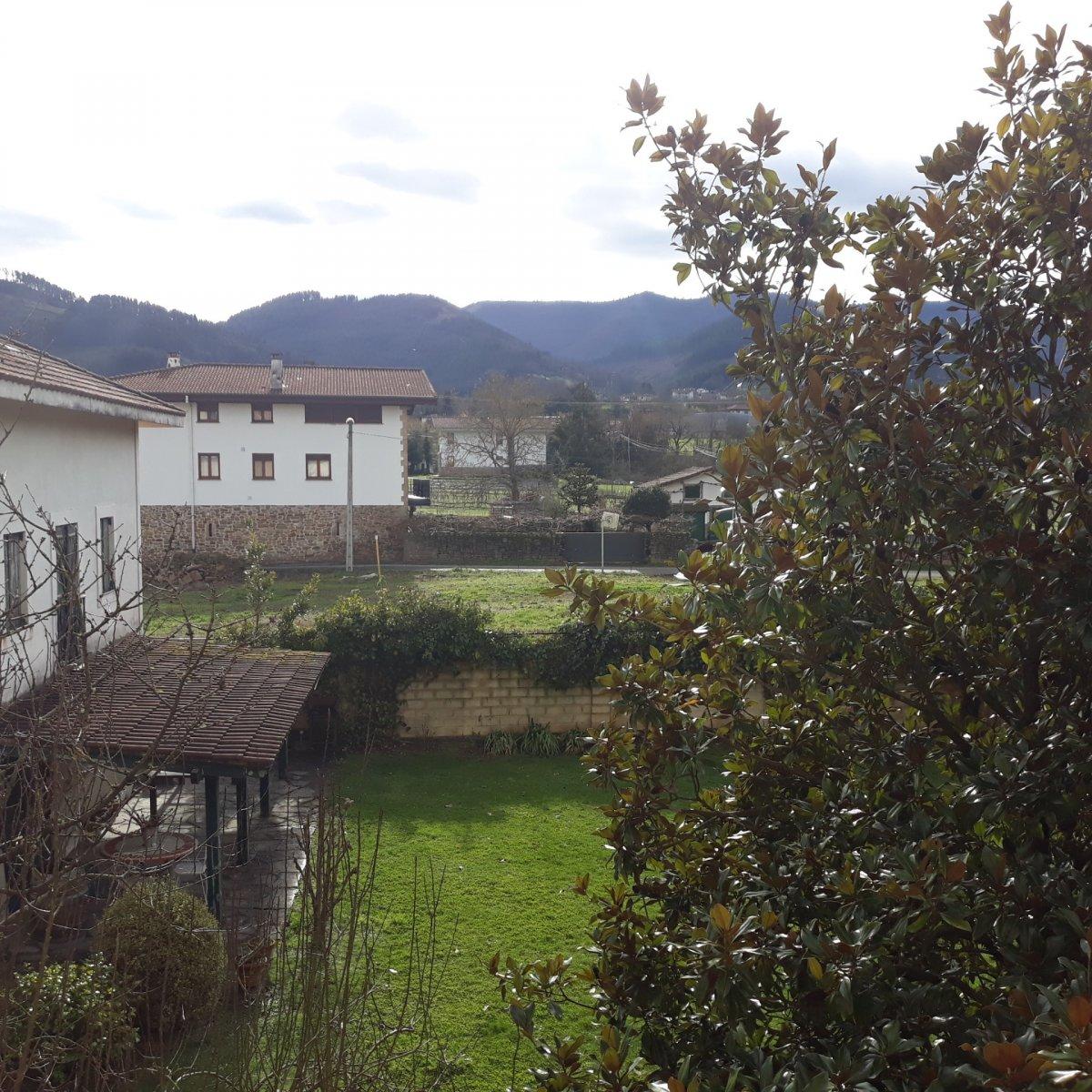 Piso en venta en Zalla  de 3 Habitaciones, 1 Baño y 87 m2 por 121.000 €.