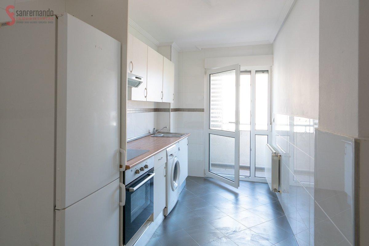 Piso en venta en Suances  de 3 Habitaciones, 1 Baño y 76 m2 por 130.000 €.
