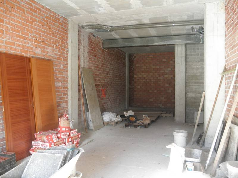 Local comercial en alquiler en Torrelavega  de 58 m2 por 350€/mes.