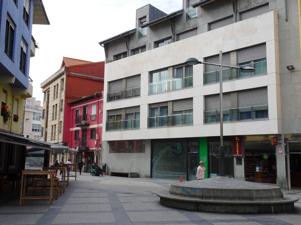 Local comercial en alquiler en Torrelavega  de 75 m2 por 550€/mes.