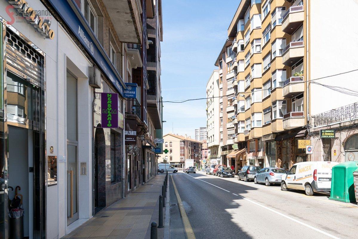 Local comercial en Torrelavega – 55083