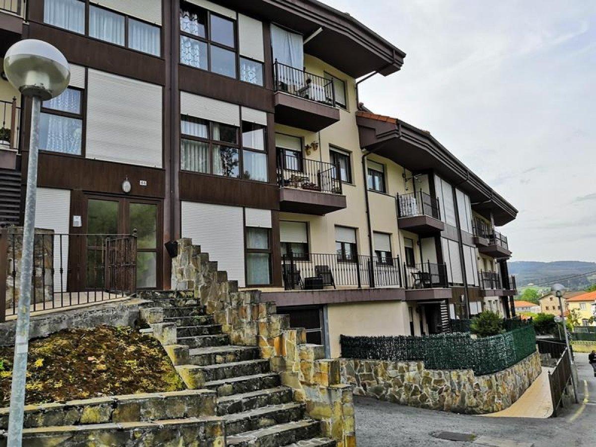 Piso en venta en Pielagos  de 2 Habitaciones, 1 Baño y 78 m2 por 103.000 €.