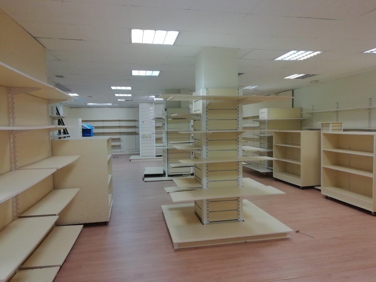 Local comercial en alquiler en Torrelavega  de 315 m2 por 1.800€/mes.