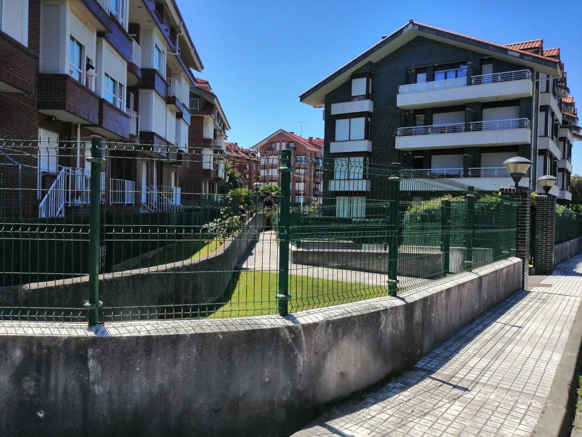 Piso en venta en Noja  de 2 Habitaciones, 2 Baños y 75 m2 por 91.400 €.