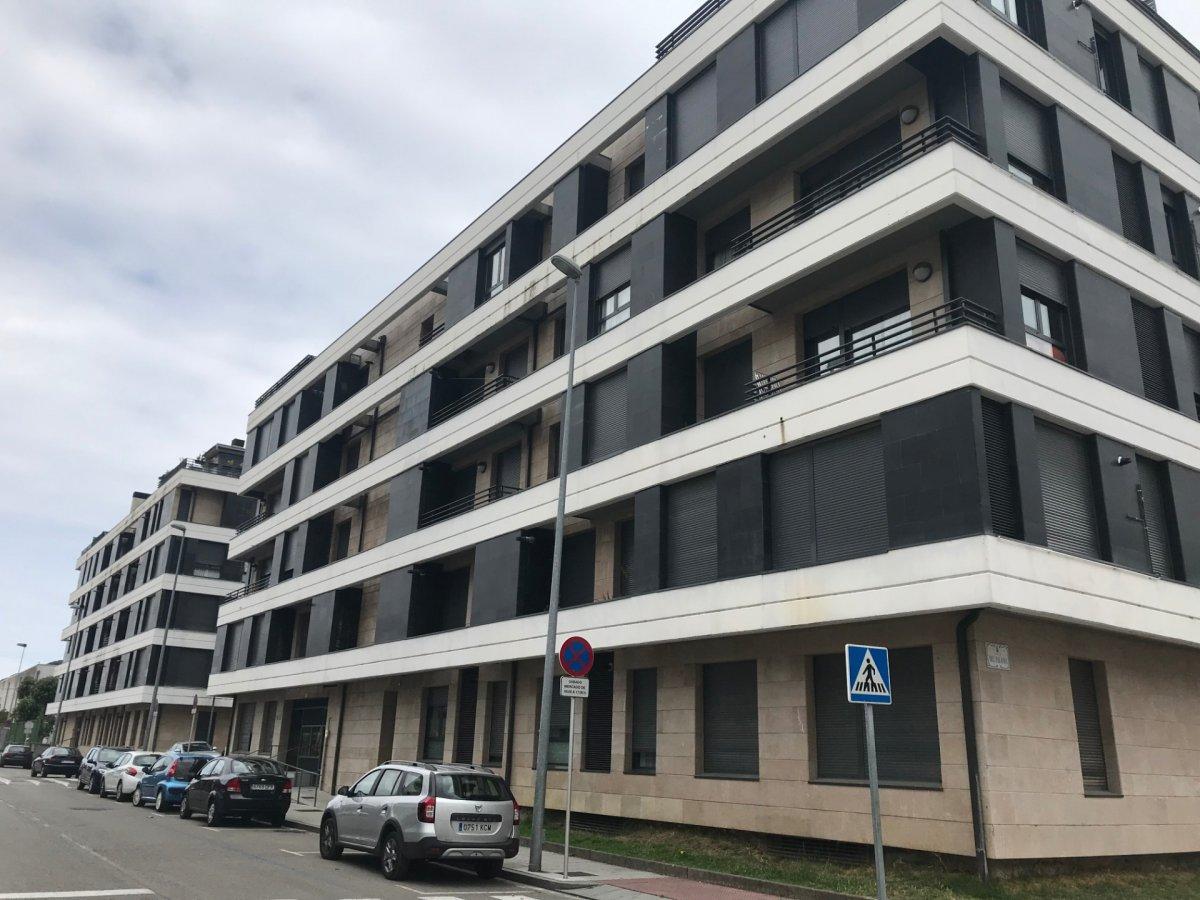 Piso Tipo Duplex en venta en SantoÑA  de 2 Habitaciones, 1 Baño y 90 m2 por 153.000 €.