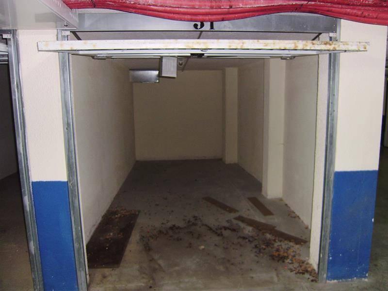 Garaje en venta en Colindres  de 25 m2 por 12.200 €.