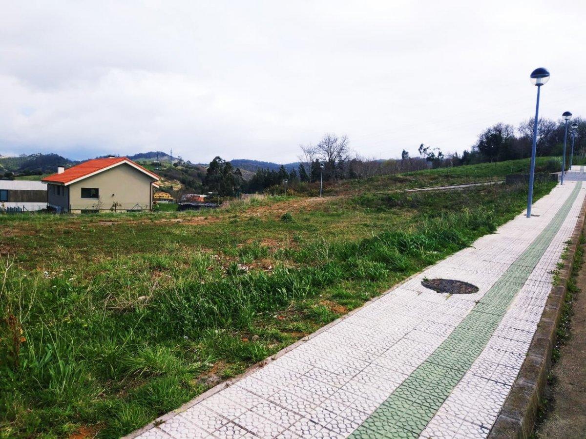Terreno Urbano en venta en Pielagos  de 1.003 m2 por 99.000 €.