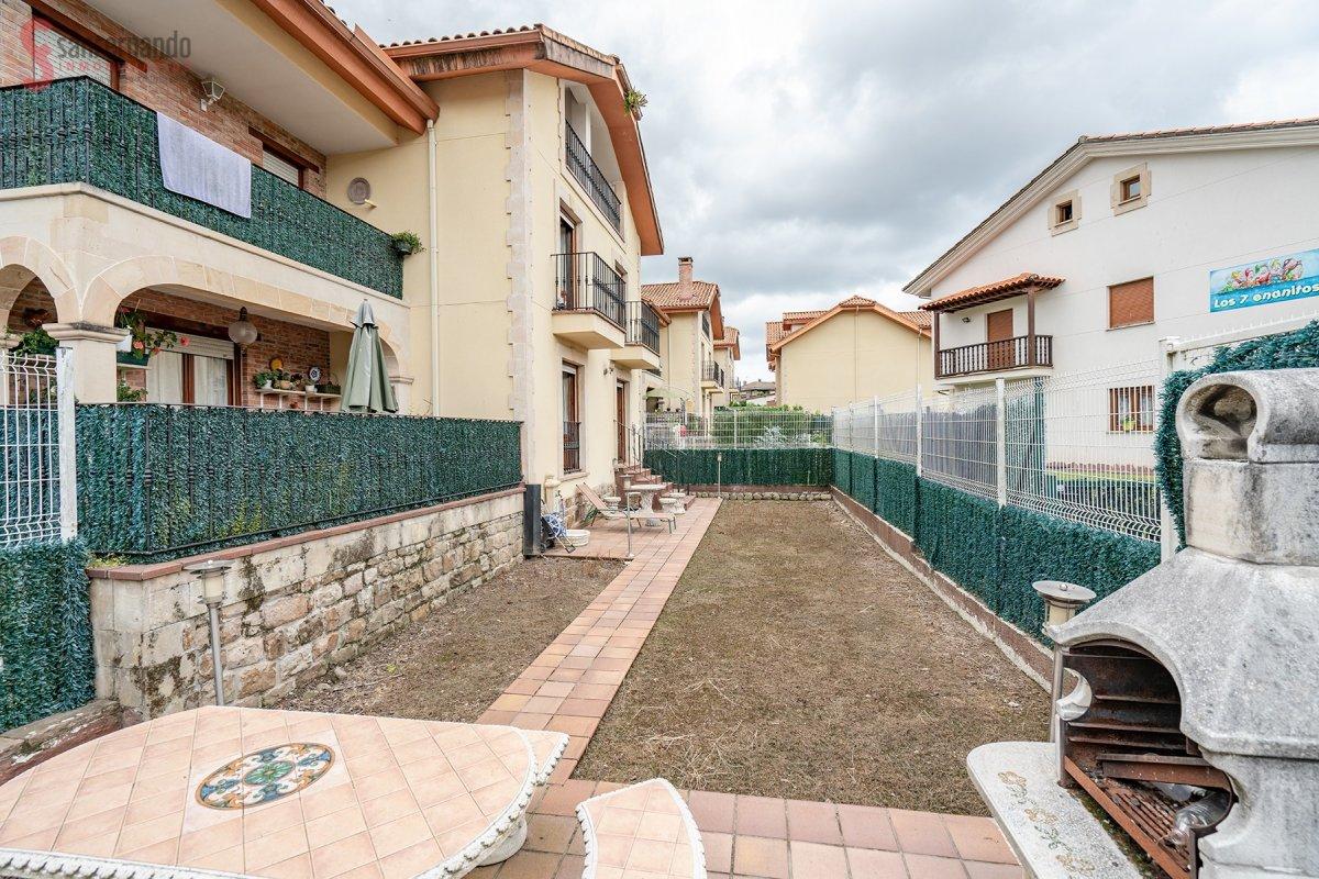 Pareado en venta en Cabezon de la Sal  de 4 Habitaciones, 2 Baños y 178 m2 por 229.000 €.