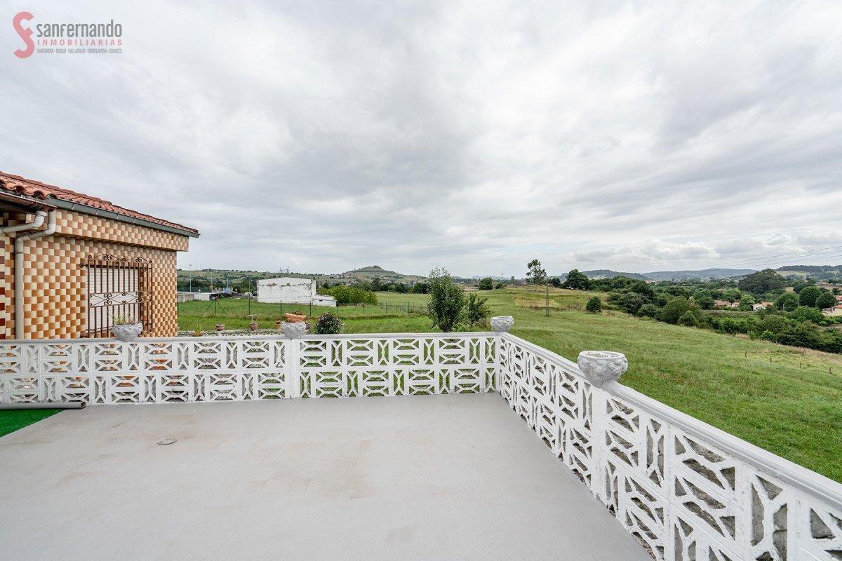 Pareado en venta en Reocin  de 3 Habitaciones, 1 Baño y 83 m2 por 89.000 €.