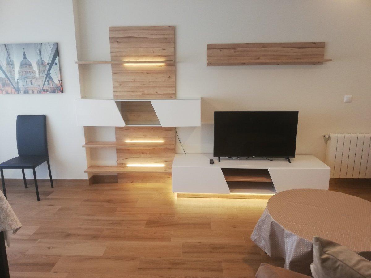 Piso en alquiler en Santander  de 3 Habitaciones, 1 Baño y 87 m2 por 680€/mes.