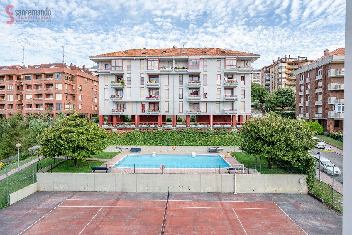 Piso en venta en Santander  de 3 Habitaciones, 2 Baños y 102 m2 por 269.000 €.
