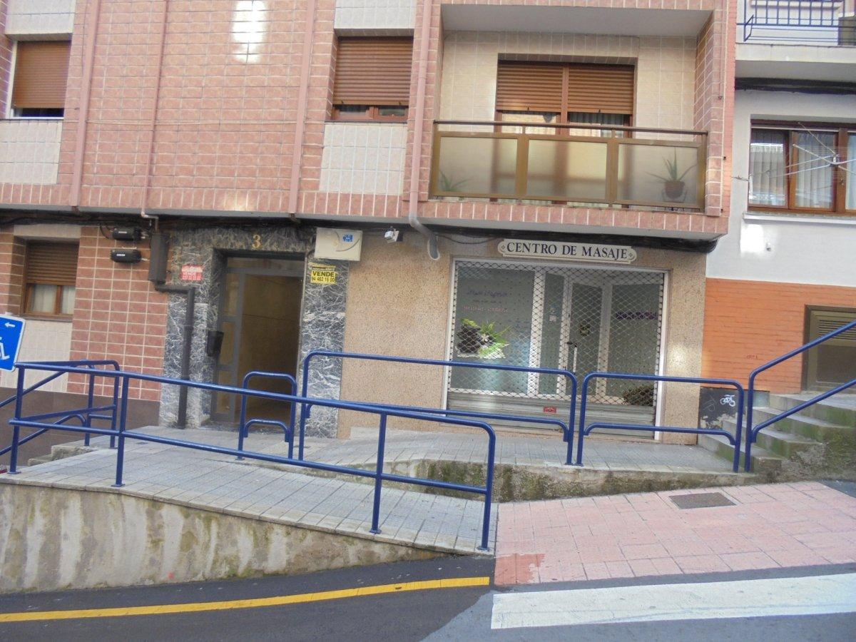 Piso en venta en Portugalete  de 2 Habitaciones, 1 Baño y 77 m2 por 168.000 €.