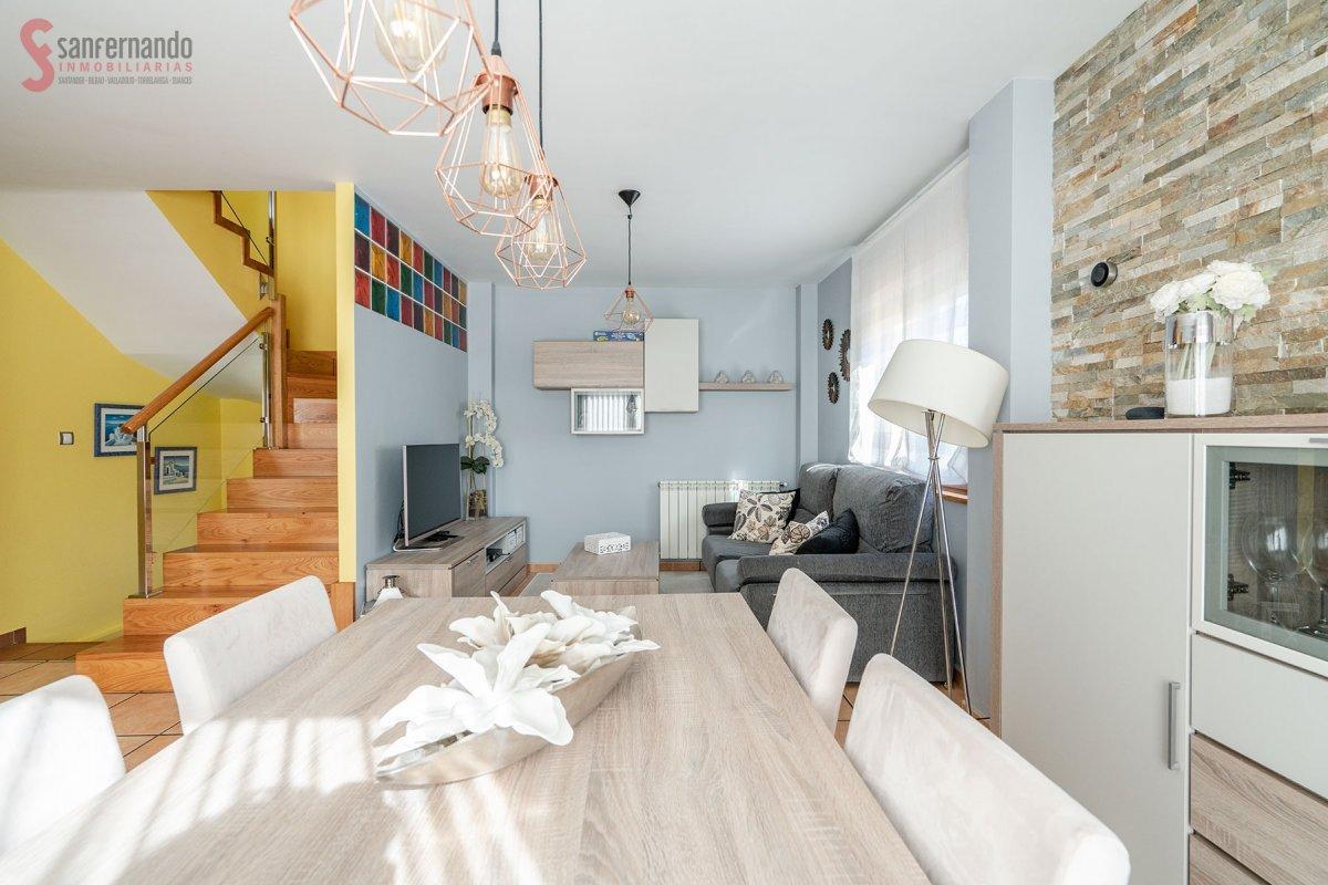 Pareado en venta en Suances  de 3 Habitaciones, 2 Baños y 140 m2 por 190.000 €.