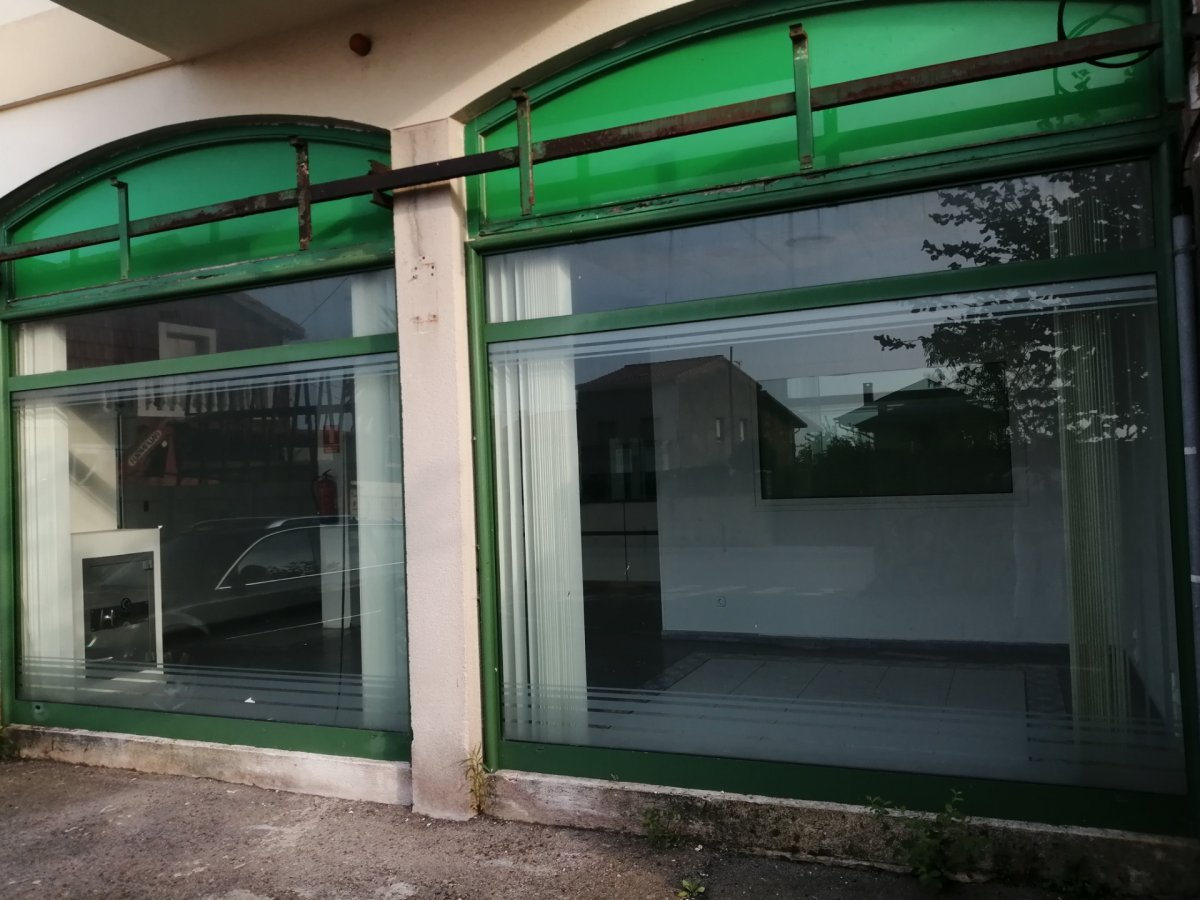 Local comercial en venta en Santander  de 94 m2 por 135.000 €.