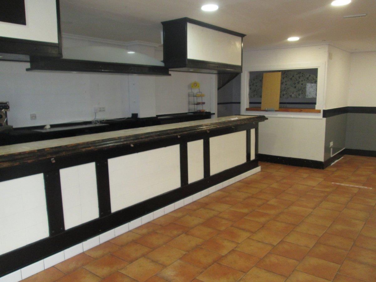Local Comercial en alquiler en Santander  de 85 m2 por 350€/mes.