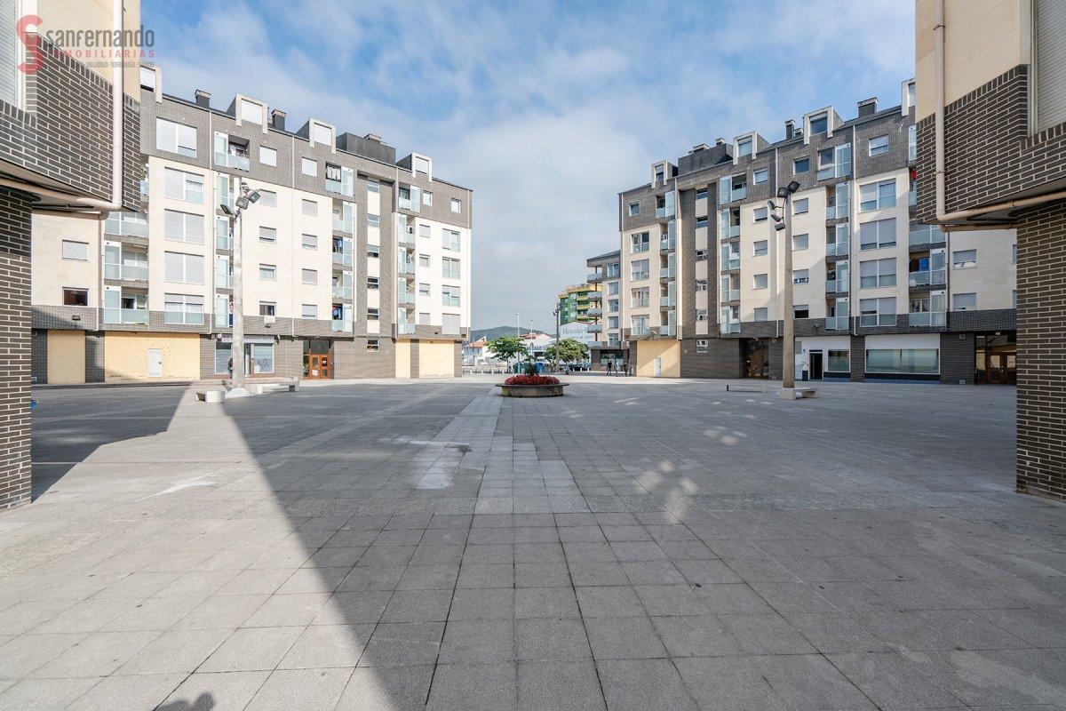 Dúplex en venta en Torrelavega  de 2 Habitaciones, 1 Baño y 100 m2 por 179.000 €.