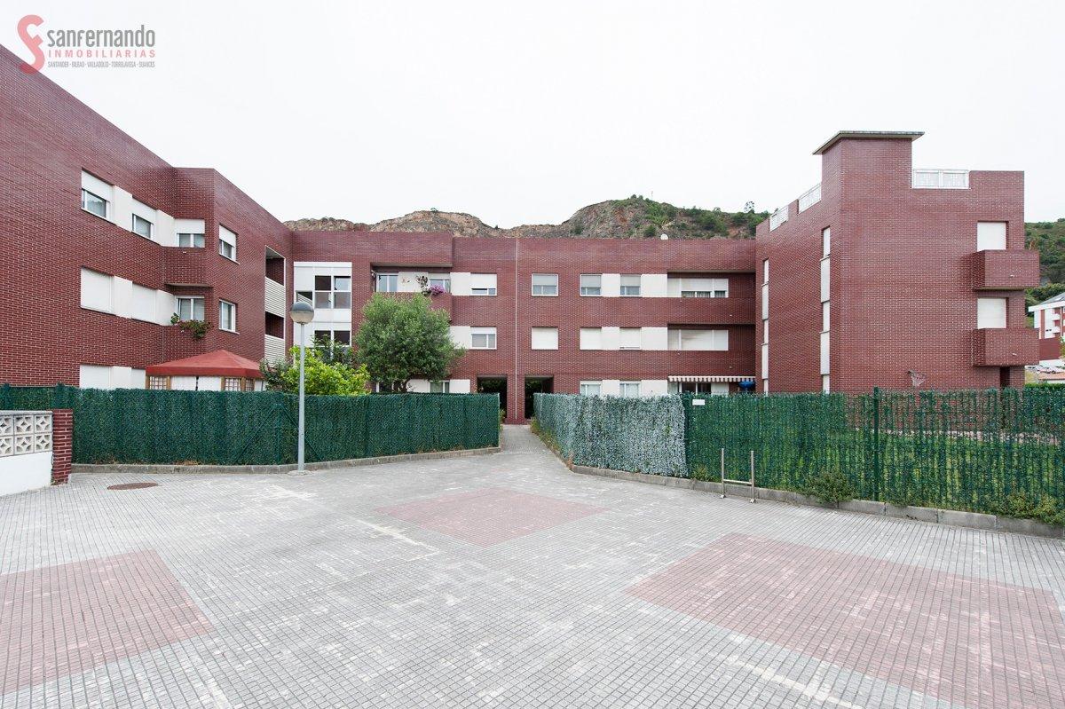 Piso en venta en Santander  de 3 Habitaciones, 2 Baños y 110 m2 por 159.000 €.