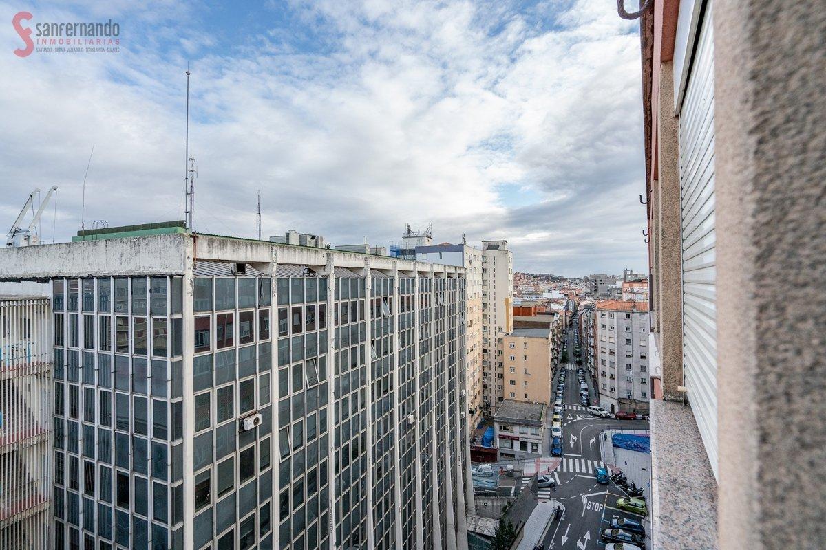 Piso en venta en Santander  de 3 Habitaciones, 1 Baño y 82 m2 por 139.000 €.