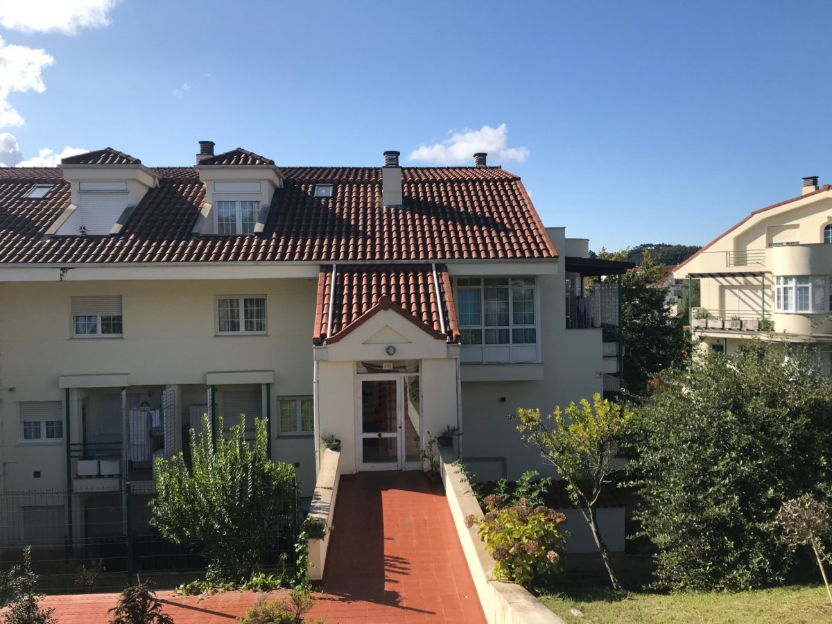 Piso en venta en Puente Arce  de 2 Habitaciones, 1 Baño y 74 m2 por 98.900 €.