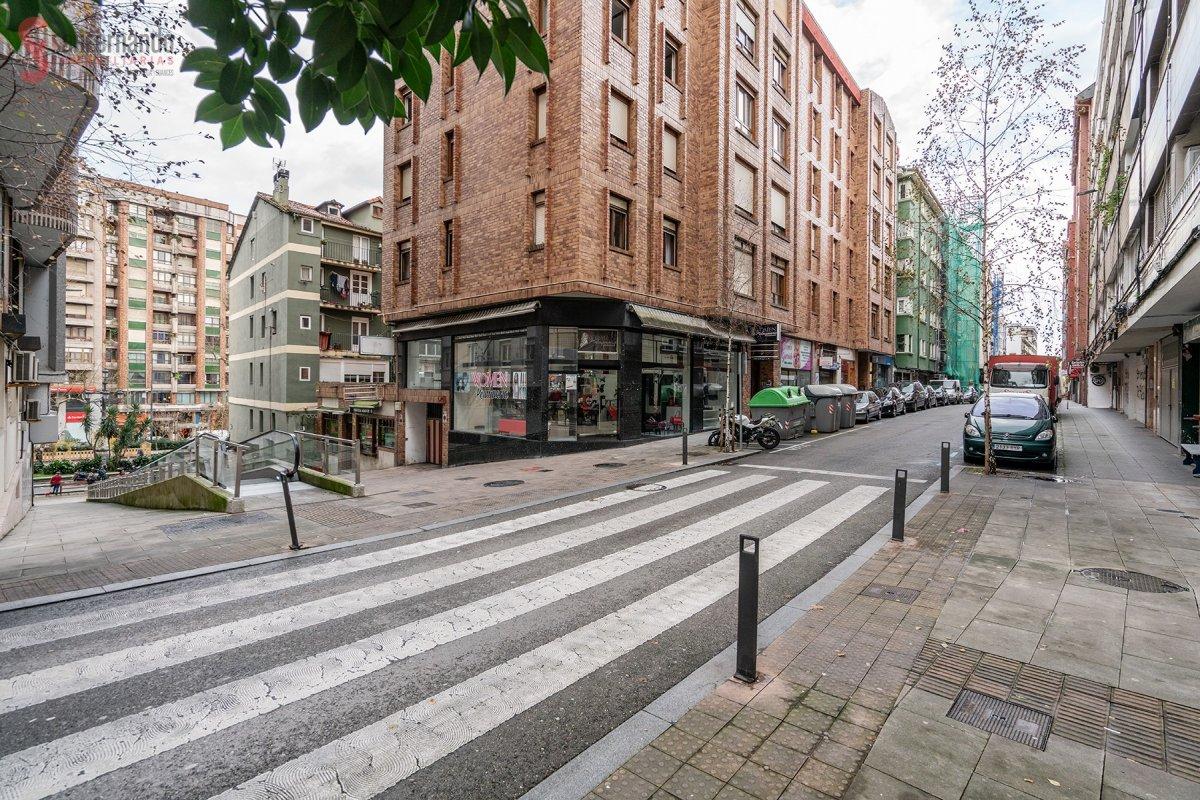 Piso en venta en Santander  de 4 Habitaciones, 1 Baño y 84 m2 por 97.000 €.