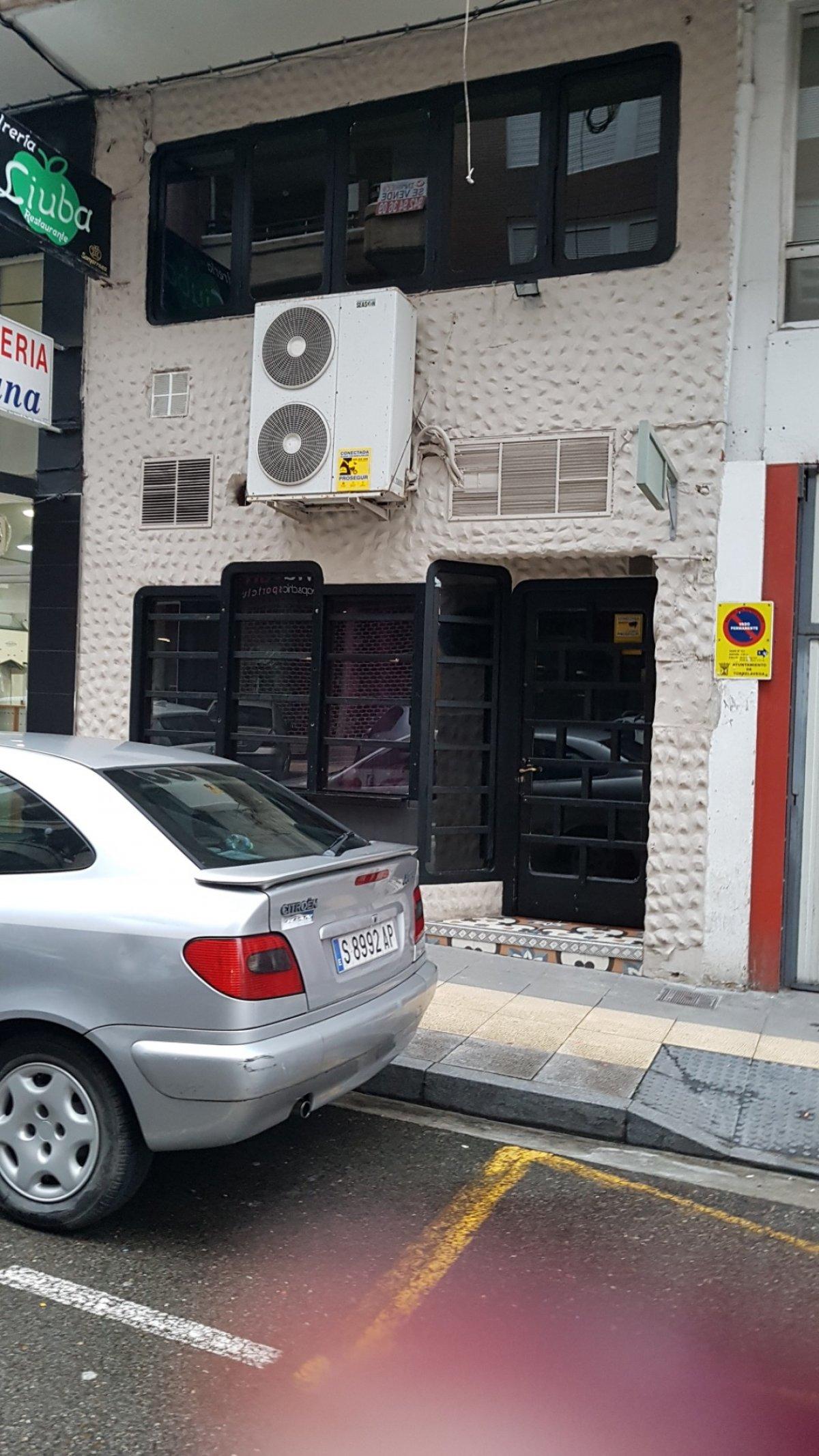 Local comercial en Torrelavega – 55207