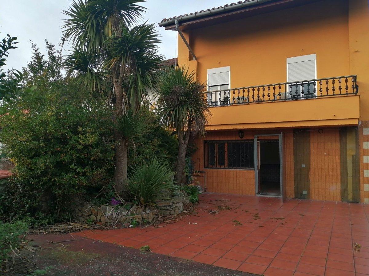 Planta baja en venta en Arnuero  de 2 Habitaciones, 1 Baño y 83 m<sup>2</sup> por 59.500 €.