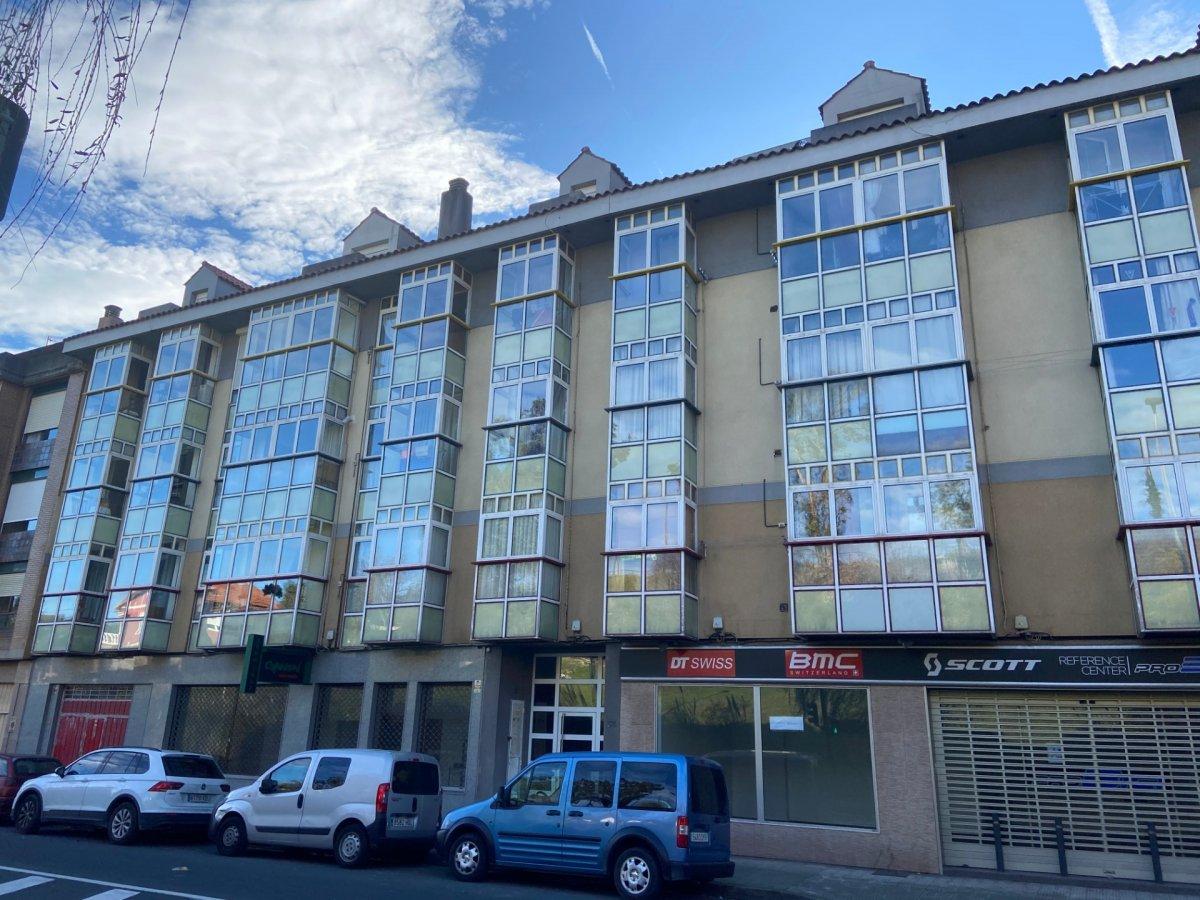 Piso en venta en Santander  de 2 Habitaciones, 2 Baños y 86 m2 por 100.000 €.