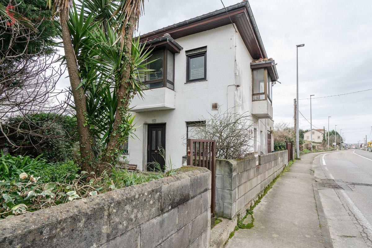 Casa Con Terreno en alquiler op. compra en Santander  de 151 m2. Consulta precio.