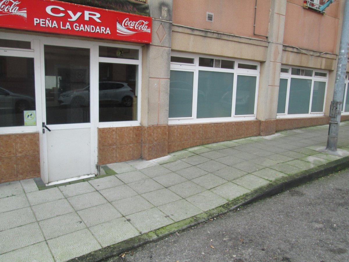 Local Comercial en alquiler en Santander  de 40 m2 por 400€/mes.