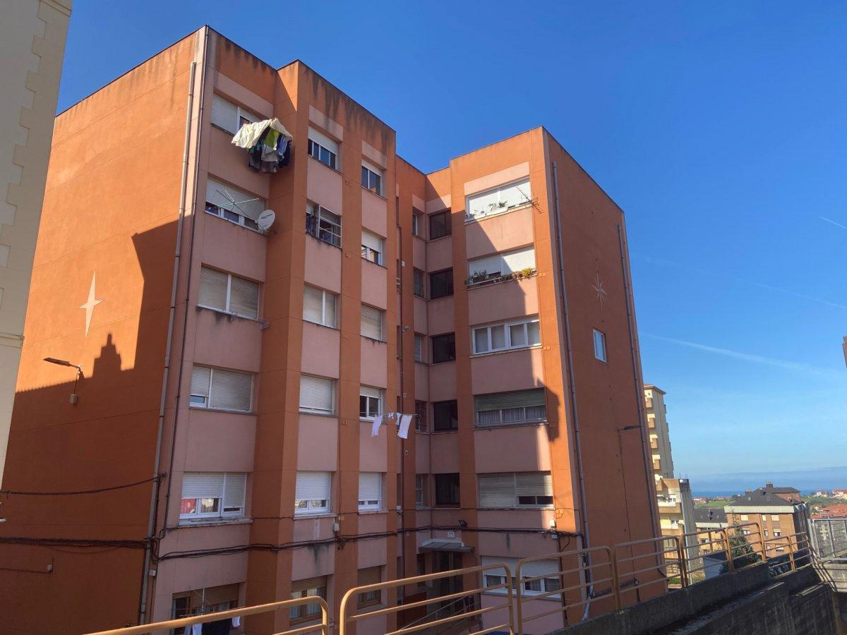 Piso en venta en Santander  de 2 Habitaciones, 1 Baño y 55 m2 por 99.000 €.